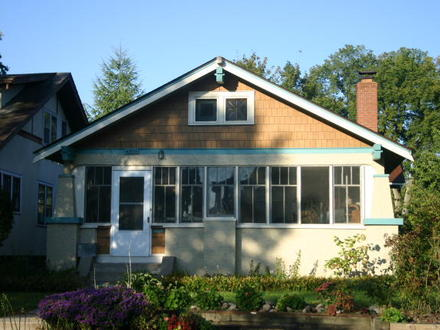 15 Story Bungalow Style Home Bungalow House
