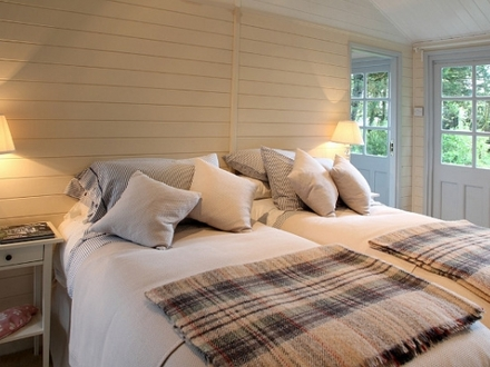 Beach Cottage Bedroom Decorating Ideas Small Beach House Bedroom