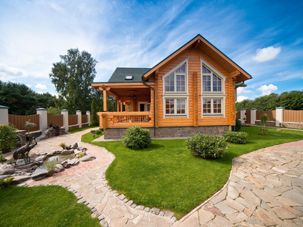 Raggety Wooden House Country Wooden House Designs