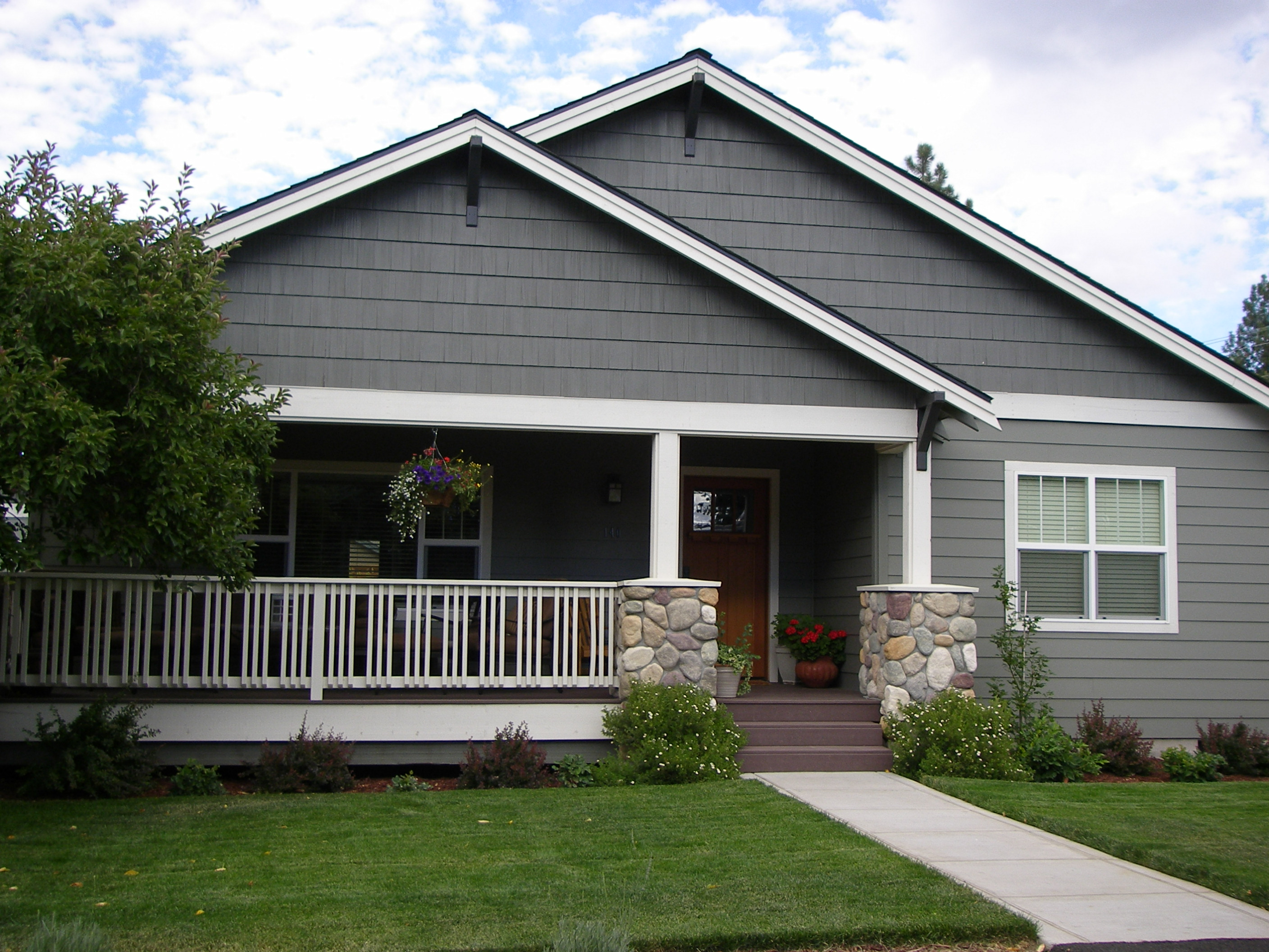 small craftsman home designs small craftsman ranch small