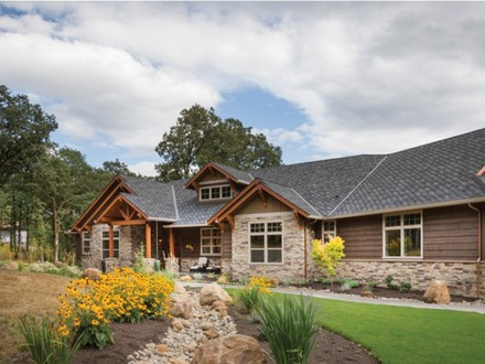 One story craftsman style exterior craftsman one story for Best craftsman ranch house plans