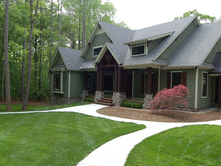 Craftsman Style Home Landscaping for Front Yard Craftsman Shed