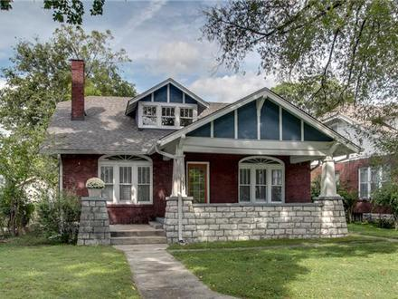 Cape Cod Style Homes Bungalow Style Homes for Sale