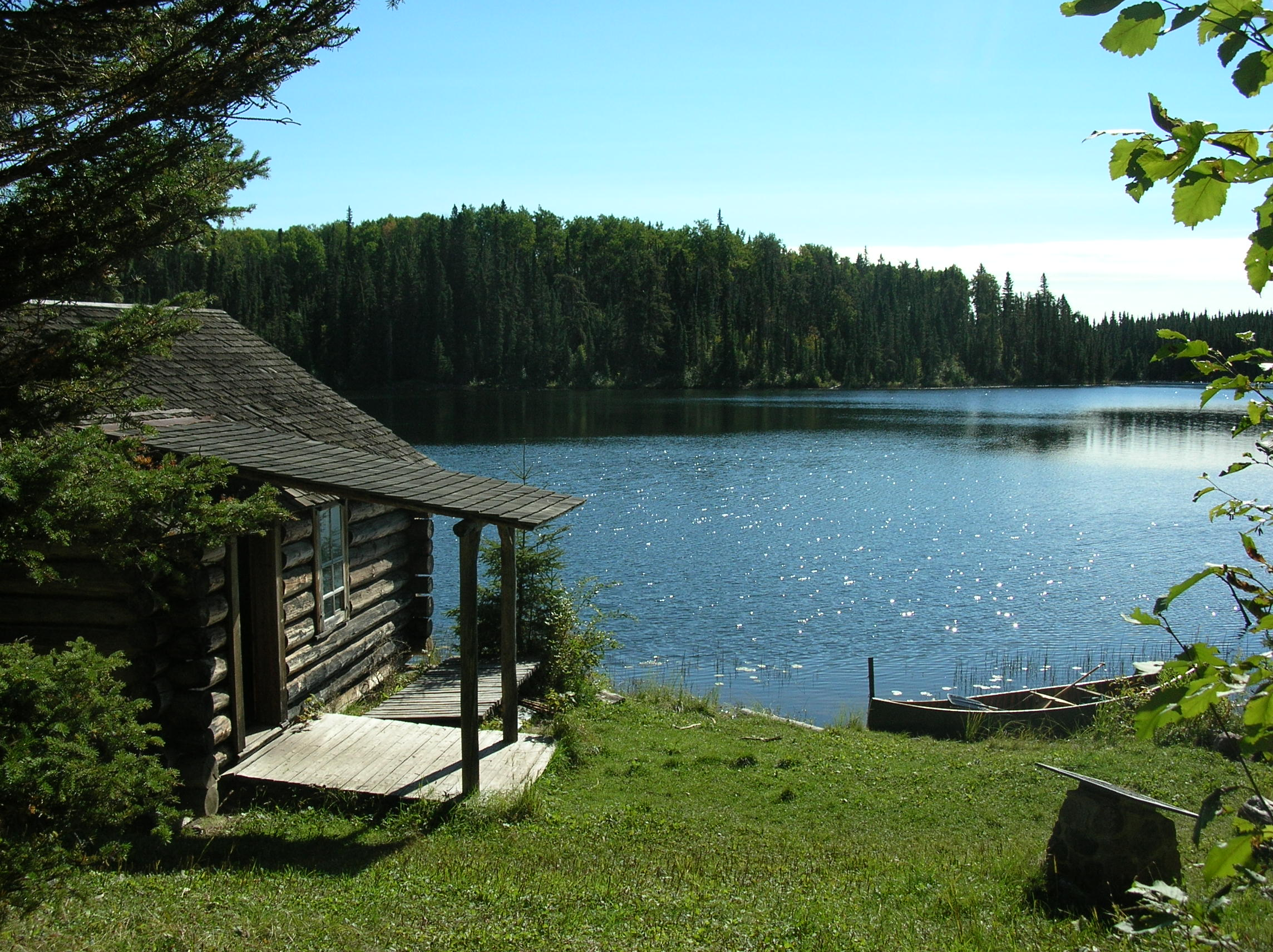 Small Cabin By The Lake Small Rustic Cabins Small Lake