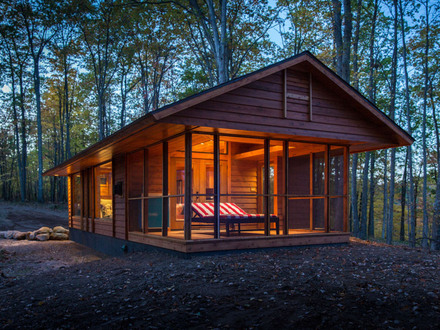 Tiny House with Screen Porch Tiny House Cabin Escape