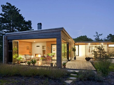 Small Contemporary Home Modern House Small Modern Ranch House