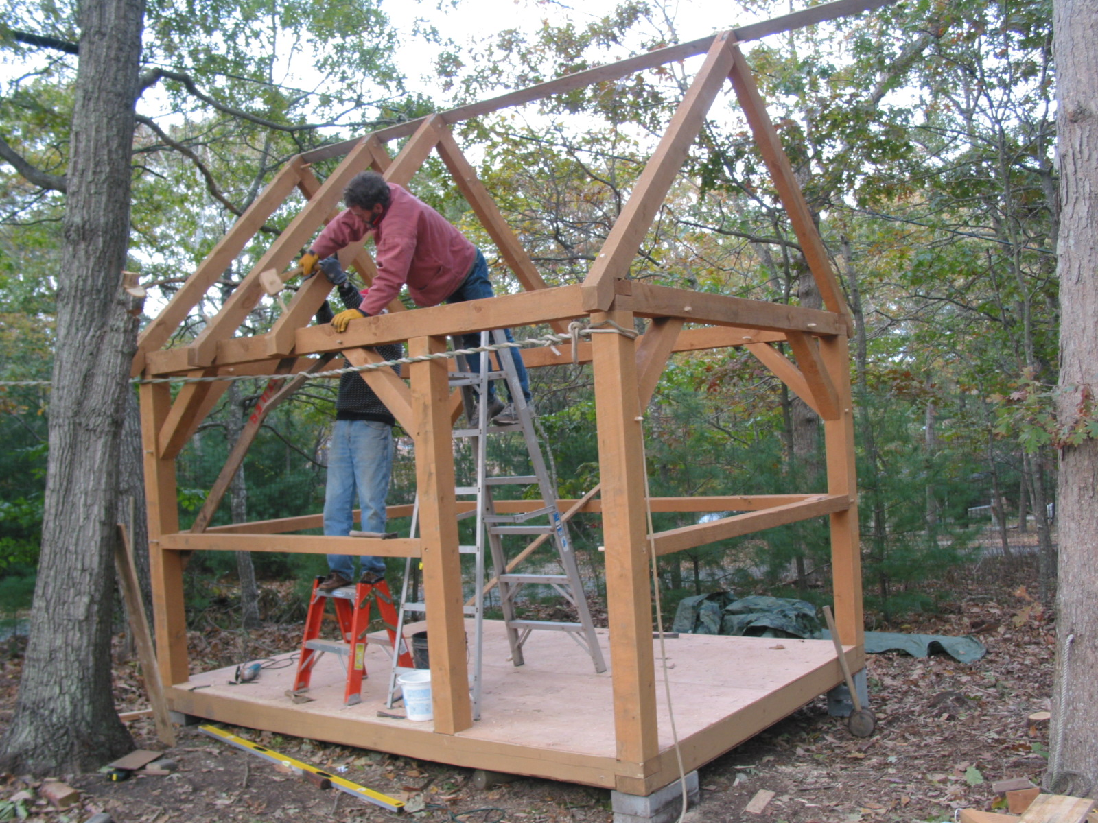 Small post and beam cabins small timber frame cabin plans for Timber frame cottage kits