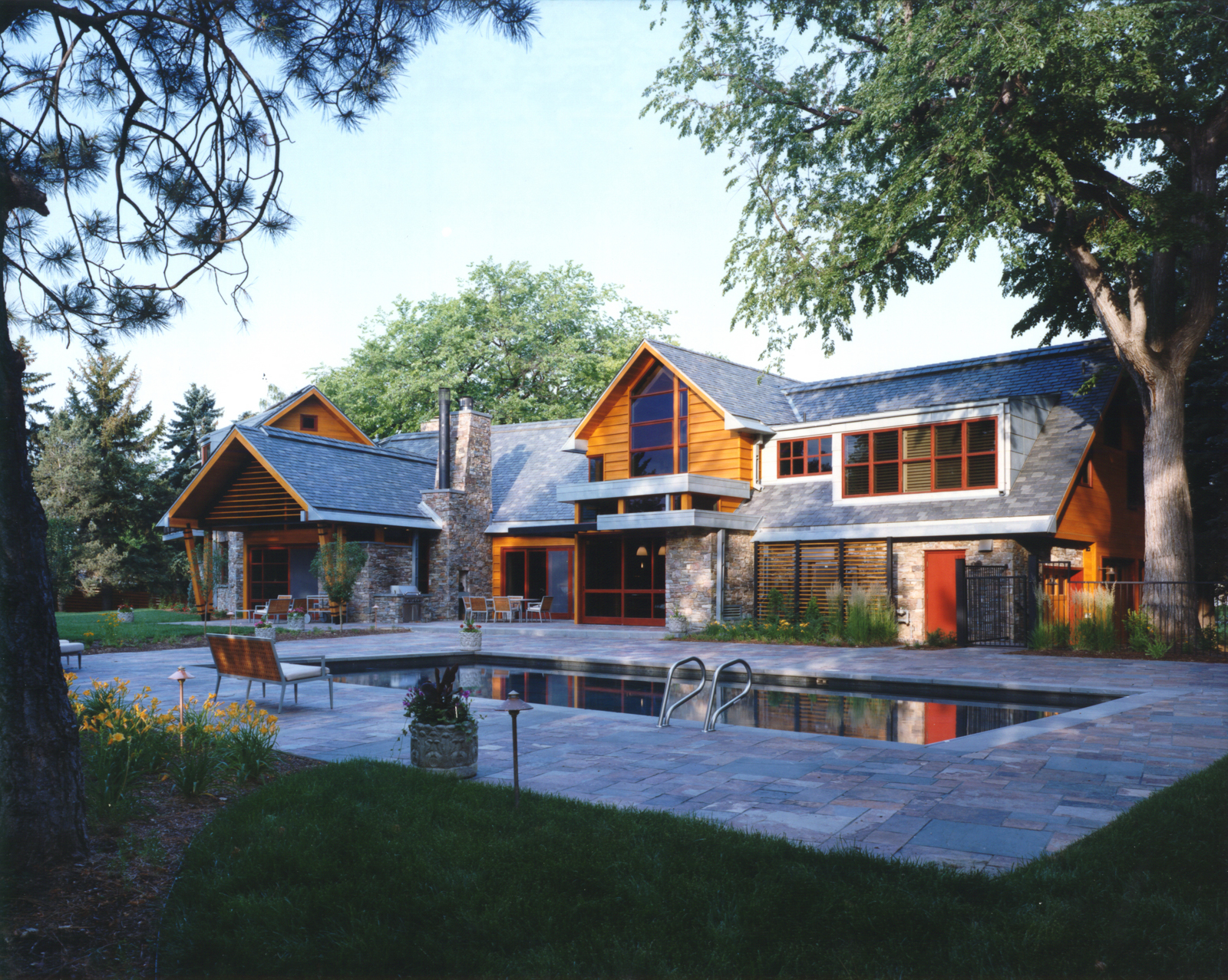 Modern country interiors modern country home designs for Contemporary country home plans