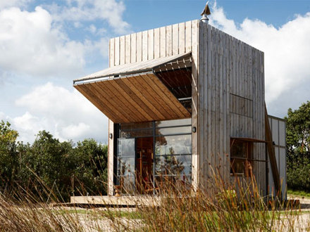 Small House Plans the Wave Small Beach House On Sleds