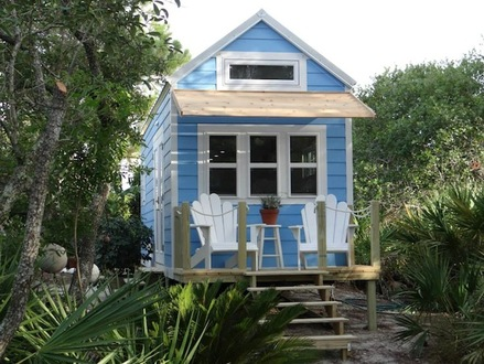 Small Beach Cottages Beach Cottage Tiny House On Wheels